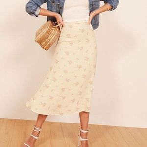 Reformation Bea Skirt in Vacation Size 4